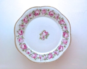 """Antique Bavarian Dinner Plates in """"Mignon"""" Pattern - German China Dishes"""