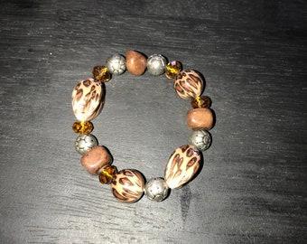 Cheetah print beaded bracelet