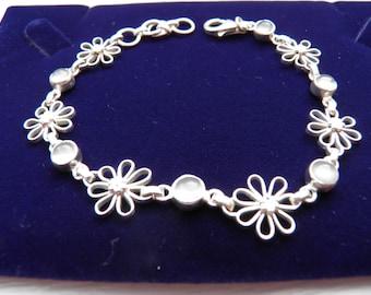 A Vintage Silver Moonstone Bracelet