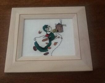 Embroidered beige frame snipe mill
