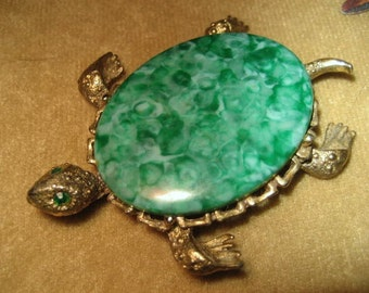 Gerrys Turtle Pin Brooch Faux Turquoise Vintage