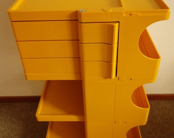 Joe Colombo excellent condition Boby 3 Bieffeplast design movable storage system trolley ochre yellow plastic work cabinet Italy 1970s