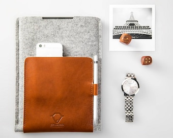 iPad Pro 10,5 inch case iPad 12.9 sleeve cover with apple pencil holder 100% natural wool felt genuine leather Handcrafted Lithuania
