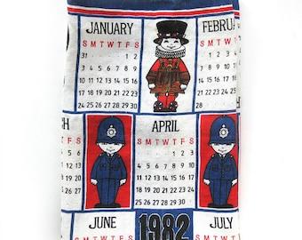Charming Souvenir Linen Tea Towel from London / Illustrated British Guard / Guardians on Ulster / 1982 Calendar Tea Towel / Irish Linen