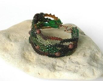 Dark Green Freeform peyote bracelet, Beaded jewelry, Beadwork bracelet, OOAK bracelet, Seed bead jewelry, brown, boho jewelry, dark forest