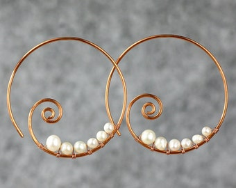 Pearl copper wiring spiral hoop earring handmade US freeshipping one-day processing Anni Designs
