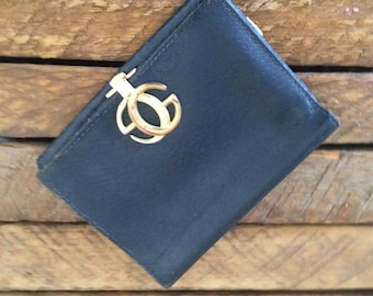 Vintage Gucci bifold leather wallet.