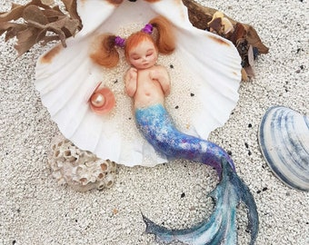 Little Mermaid in shell saint jacques-baby girl
