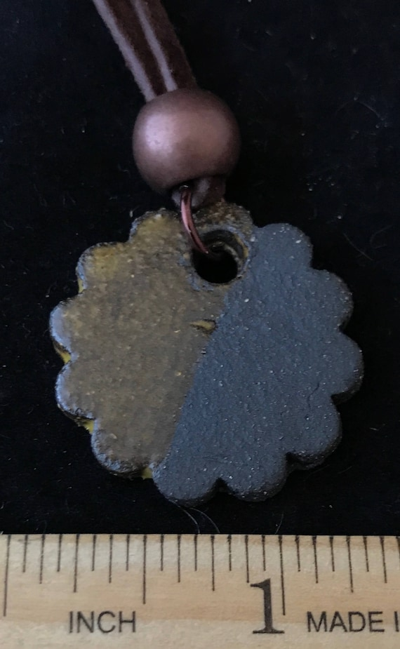 Ceramic Scalloped Circle Pendant