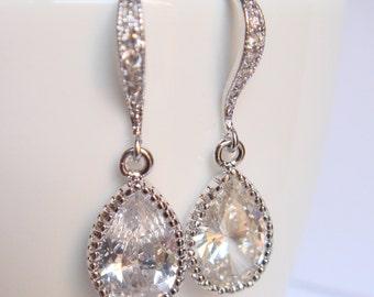 Crystal and silver bridal earrings II - Wedding earrings - Bridesmaids earrings gift - Cubic crystal drop earrings