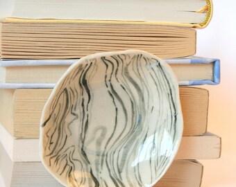 Marbled Ring Dish / Tea Bag Dish