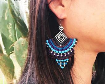 Mexico-Silver earrings with macramé decoration-silver earrings with macramé decorations