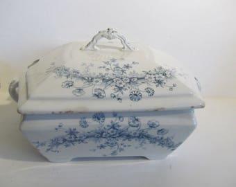 Victorian Antique Soup Tureen Blue Transferware Covered Serving Bowl Parisian Granite Princess Adams England Antique Farmhouse Table decor