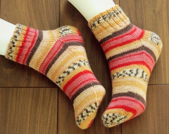 Hand knitted, Low Cut Wool/Polyamide Socks for Women, Size 7-8.