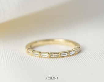 Baguette Diamond Wedding Band/Band ring in 14K/18K solid gold and platinum, milgrain edge