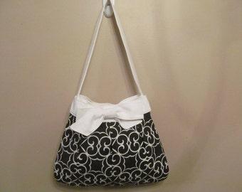 Handmade Over the Shoulder Pleated Bow Handbag Purse, Medium White and Black
