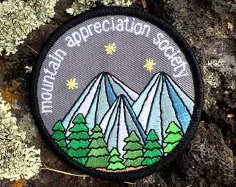 Mountain Appreciation Society - round embroidered iron-on patch