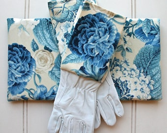 Blue Blooms Gardeners Giftset Kneeling Pad & Gloves - Garden Gloves, Green Thumb, Blue, Florals, Rose, French Blue, Gift for Mom