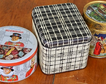 Vintage Tea Tins Retro Home Decor Mid Century Modern Gift Boxes Retro Bathroom Decor Candy Tins Kitchen Storage Containers Canister Set Red