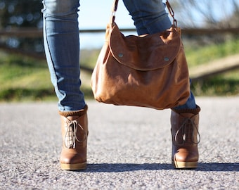 Whisky brown leather hobo bag - Crossbody everyday leather bag in brown / Bolso de cuero marrón Whisky