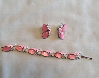 Pink and rhinestone bracelet and matching earrings