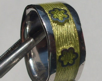 Ring Ring Enamel with Flowers, Flower Power, Hippie, Solid Silver, original from the seventies