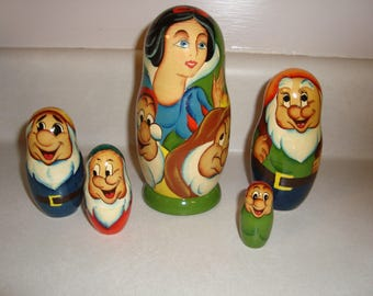 Snow White Nesting Dolls Russian