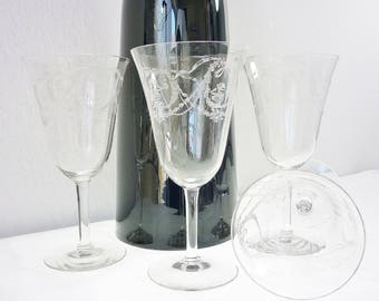 Fostoria 1915 Garland Pattern Etched Water Wine Set Four