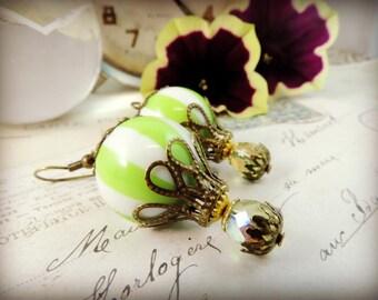 Hot air balloon, balloon, light green steampunk Circus earrings
