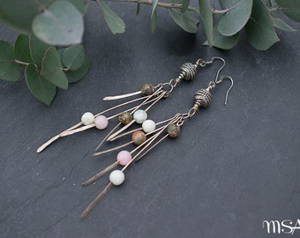 Long Hammered Silver Feather Pink Green Gemstone Earrings // Metal Earrings // Boho Chic Earrings // Modern Earrings // Made in France