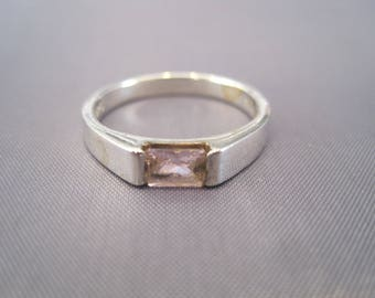Vintage Sterling Pink Amethyst Band Ring