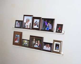 Picture Frame Shelves with Shabby Chic Finish (PDF Instructions)