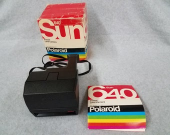 Vintage Polaroid 640 Land Camera