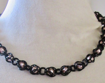 Pearl Captive Weave Necklace, Black Chainmail Necklace, Goth Wedding Jewelry, Chain mail Choker, Chainmaille Jewelry, Goth Choker