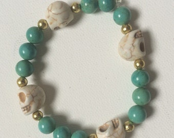 Turquoise Bead Stretch Bracelet with Skull