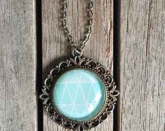 CLEARANCE AS-IS Round Filigree Pendant
