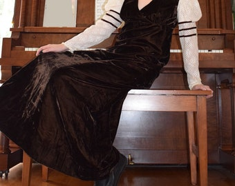 70's Brown Velvet Maiden Gown