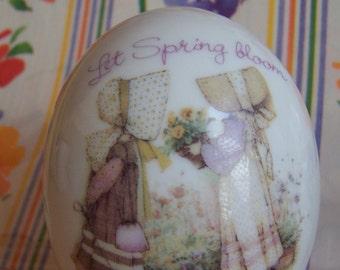 1980 wwa porcelain egg