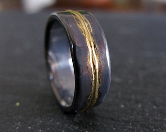 Mens Wedding Ring 8mm Rustic Mens Wedding Band Unique Wedding Band Viking Wedding  Ring Bimetal Ring Unique Mens Wedding Band Gold Black Ring
