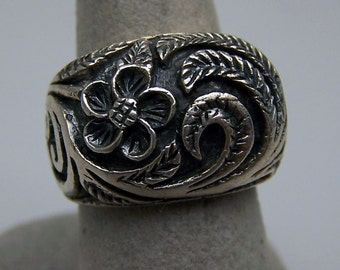 Size 6 Sterling Silver Ring Art Nouveau Inspired Regal Hand Crafted Flora Feathers
