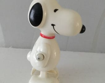 Snoopy, vintage plastic wind up toy, 1966