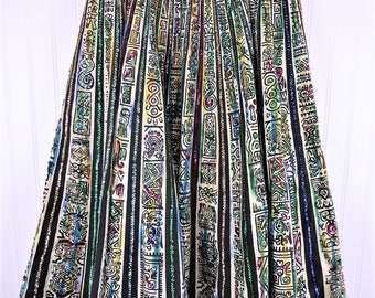 """50s Mexican Circle Skirt, Vintage Colorful Aztec Animal Print Sequin Embellished Full Skirt, Maya de Mexico, Women's 28"""" Waist"""
