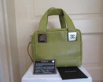 Small Green Chanel Leather Purse