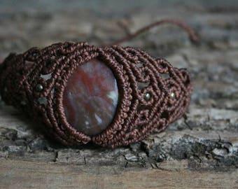 macrame bracelet with petrified wood, macrame jewelry with gemstone