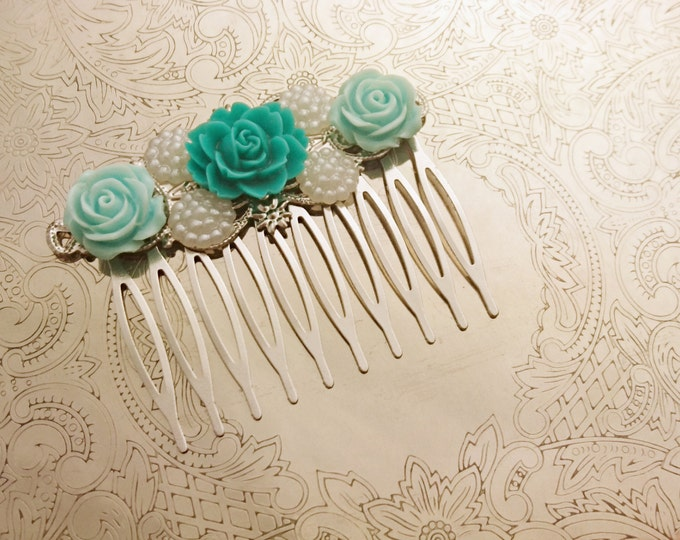 Handmade wedding hair comb clip resin flowers roses vintage mint pearl wedding prom accessory hair piece bride