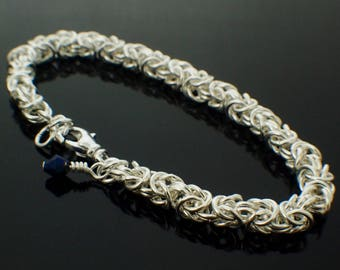 Economical Gold or Silver Byzantine Bracelet Kit - with Mood Bead - Byzantine Chainmail - Perfect Starter Kit