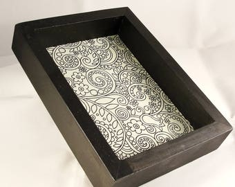 Black and white dice tray