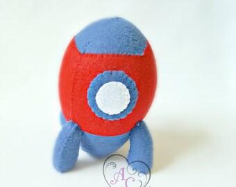 Small felt rocket, felt engin, children toy, boy toy, rocket toy, felt toy, miniature rocket, pocket toy