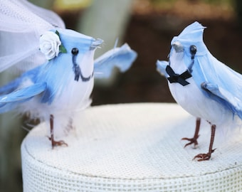 Blue Jay Wedding Cake Topper in Sky Blue: Bride & Groom Love Bird Cake Topper