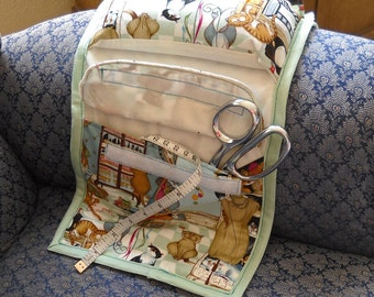 Sewing Cats Armchair Sewing Caddy, Hand Sewing Organizer